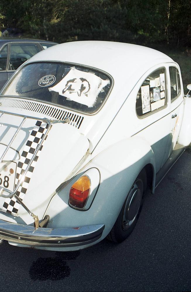 Euterlogo in Rückschreibe eines alten VW Käfers