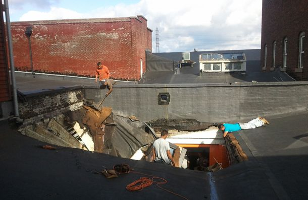 roof-collapse1.jpg