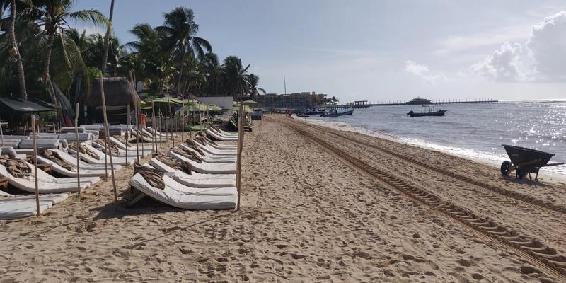 Beach view at Zenzi Beach Club