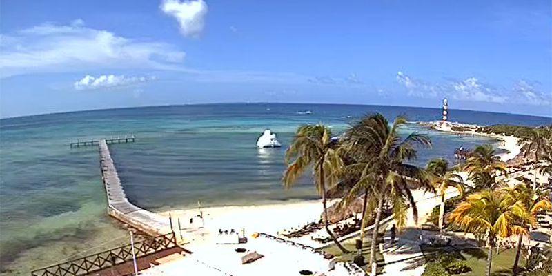 Beach view at Hyatt Ziva Cancun