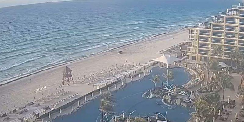 Beach view at Hard Rock Hotel Cancun