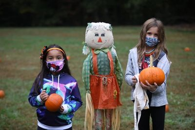 Image of Countrywood students with pumpkins