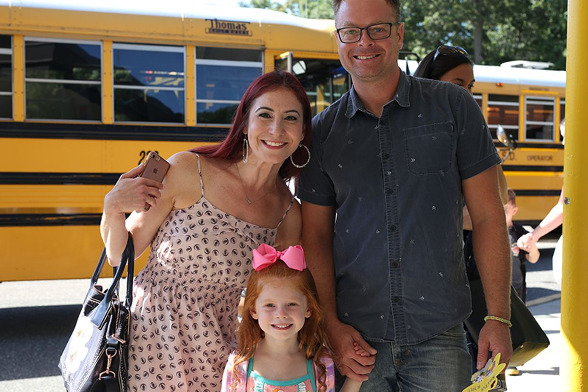 Image of Countrywood student with her parents