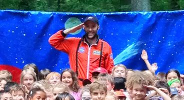 Johnny Applebaum's Eco Expedition
