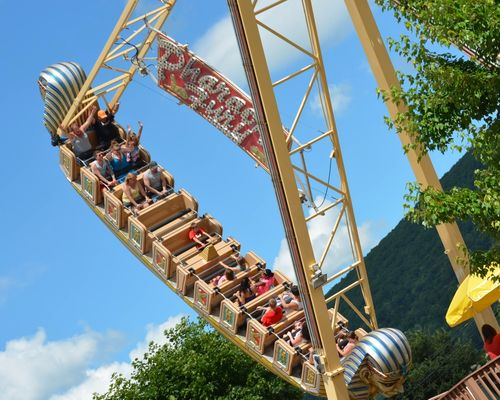 Pharaoh's Fury Family Ride at DelGrosso's Amusement Park