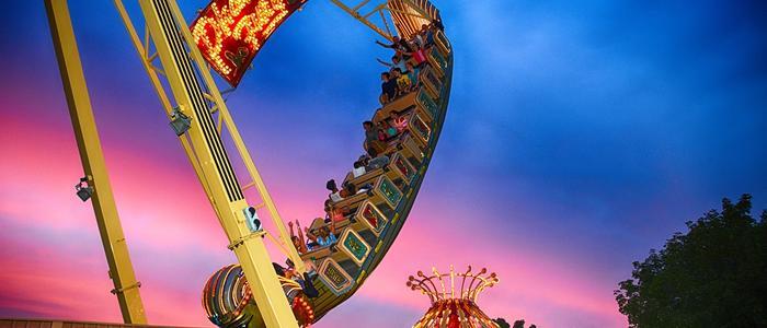 Sundown photo of the Pharaoh's Fury Family Ride at DelGrosso's Park