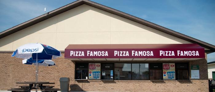 The Pizza Famosa concession stand at DelGrosso's Park
