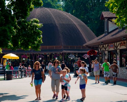 Guests walking through the Midway area of DelGrosso's Park.