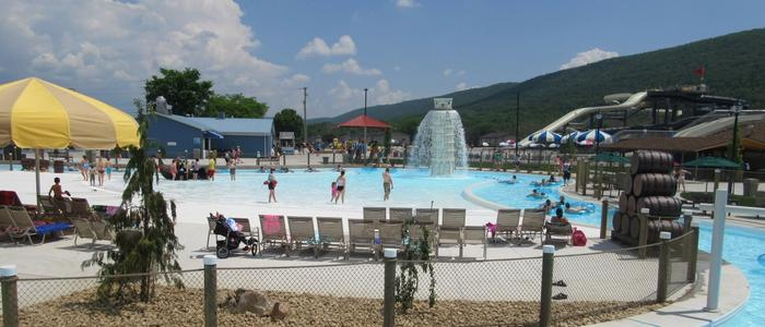 Guests enjoying the water attractions at Laguna Splash.