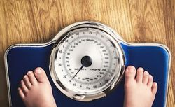 Antibiotics in Early Childhood Have Small Effect on BMI Milestones