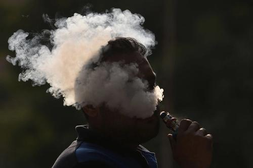 National Study Shows Vaping, Marijuana Use in 2019 Rose in College-Age Adults