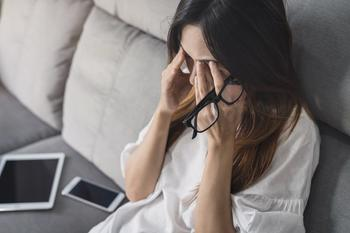 Menopausal symptoms associated with premature ovarian insufficiency