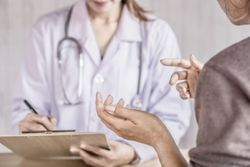 What Patients With Ovarian Cancer Should Know About Maintenance Therapy