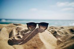 4 Tips for Cancer Survivors on Summer Vacation