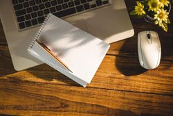 How Expressive Writing Can Help Reduce Stress in Patients with Cancer