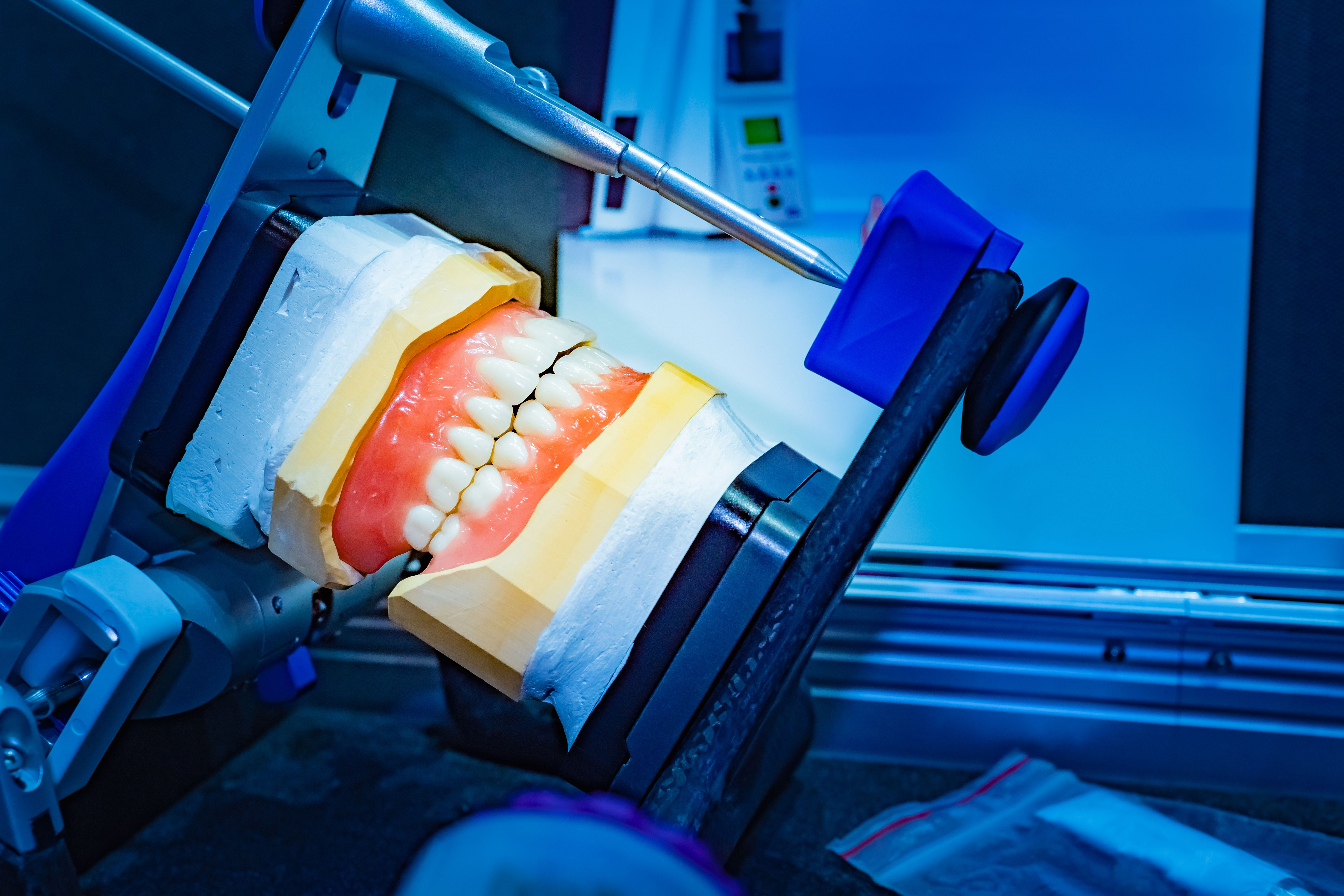 6 Technologies Where Scientific Discoveries and Dentistry Collide