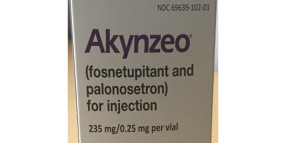 Akynzeo