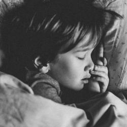 Study Explores Links Between Pediatric Hypoglycemia and Sleep Quality Measures