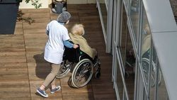 Despite Billions in Aid, Nursing Homes Losing Employees in Droves