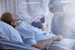Ophthalmology residents retrained as palliative care extenders