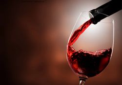 Wine consumption may prevent cataracts, study finds