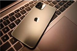 Strong Magnets in iPhone 12 Series Can Interfere with Implanted Cardiac Devices