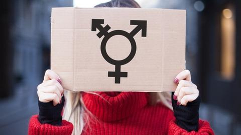 Special Issues in Treating Adolescents With Gender Dysphoria
