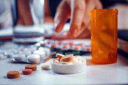 Patient Support Programs Reduce Opioid Use in Patients With Autoimmune Conditions