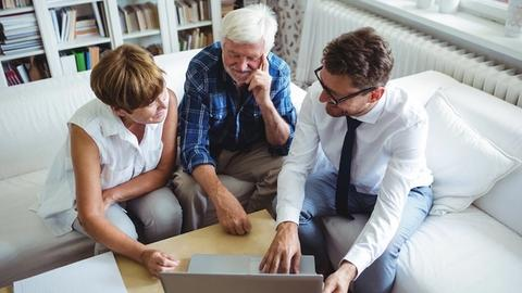 How to fill the gap between retirement, Social Security