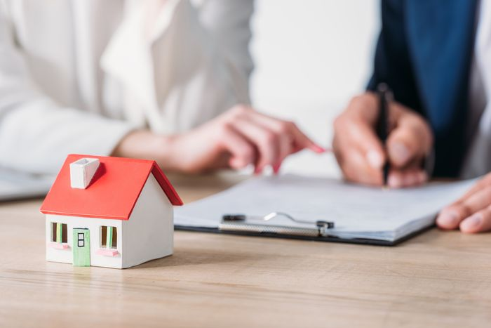 home mortgage refinancing concept