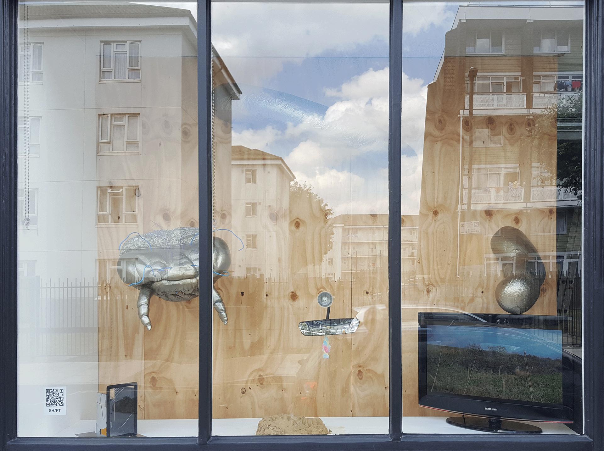 Veronika Neukirch, Davinia-Ann Robinson, Elisabeth Molin, Serra Tansel, SH/FT installation view, 2021