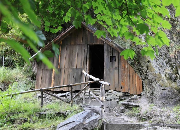 Hut from the 1800s in Arrowtown