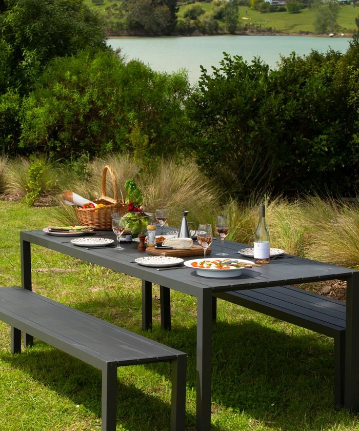 Picnic table set for lunch at Apple Pickers' Cottage