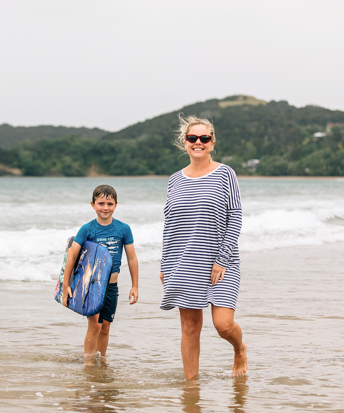 Ollie and Anna Phelps at Coopers Beach