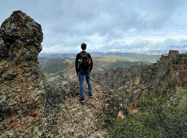 hiking at pinnacles national park