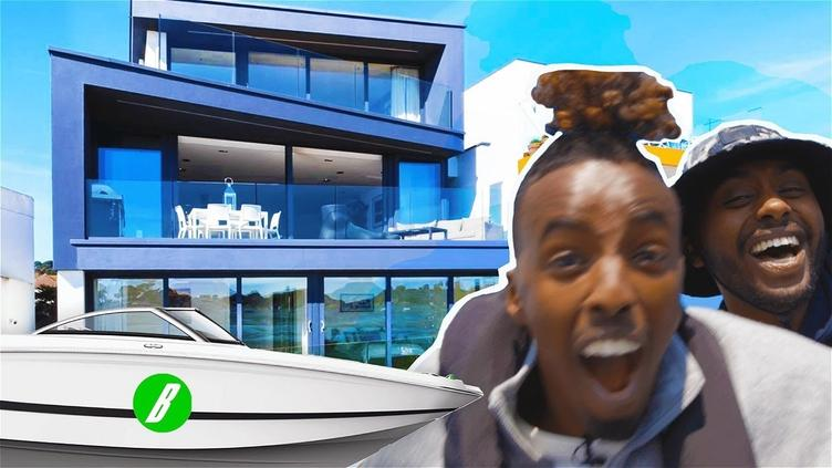 FAST SPEEDBOAT MANSION TOUR WITH AJ & SHARKY AT SEA