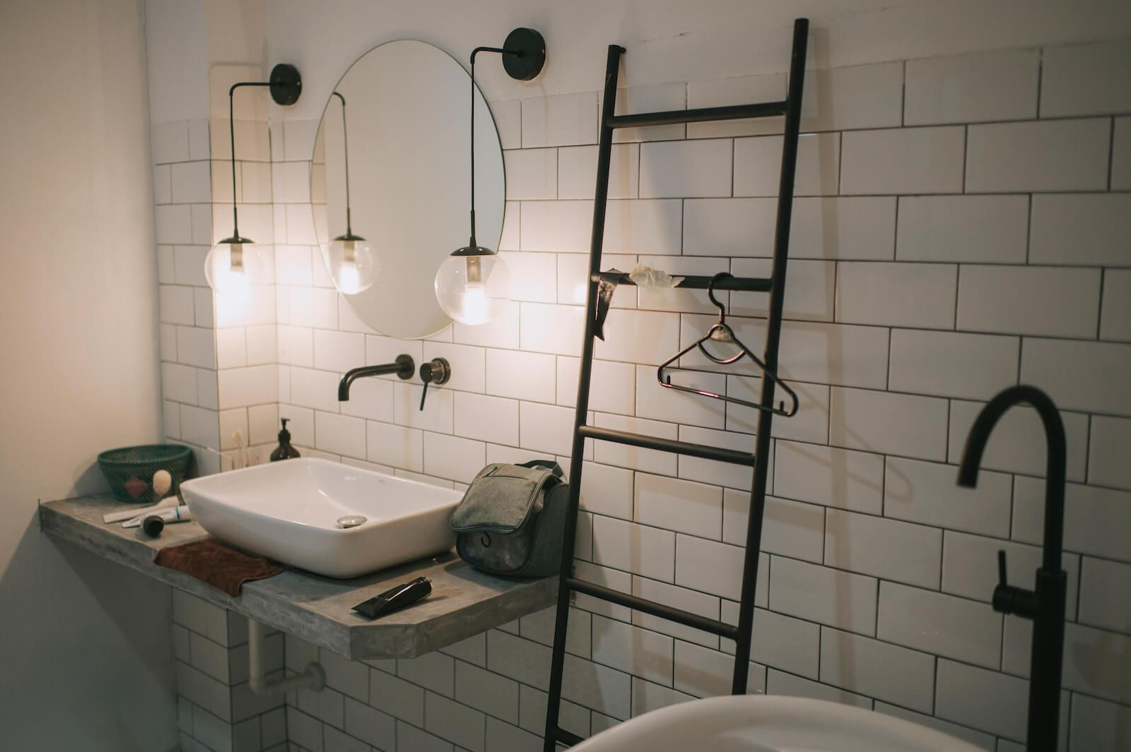 How to Choose the Right Metal for Bathroom Fittings