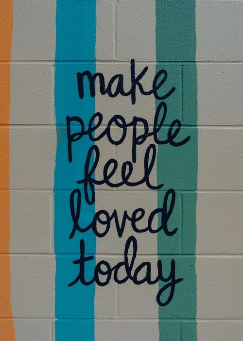 Mural: make people feel loved today