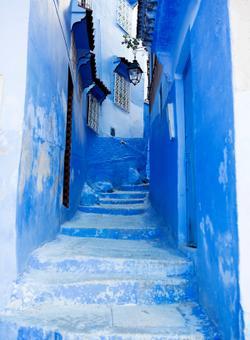 strade della città blu di chefchaouen