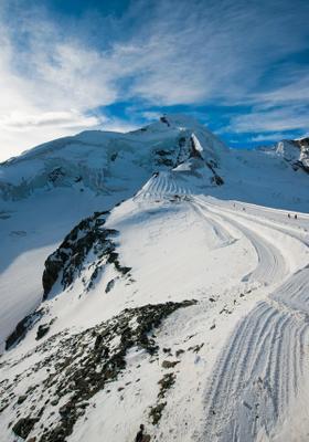 gita sul ghiacciaio allain in svizzera