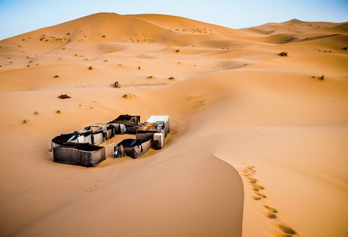 Mauritania: Camping sotto alle stelle del Sahara cover