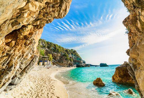 Crociera in caicco: isola di Corfù cover
