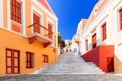 case colorate isola di symi
