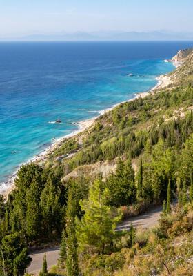 spiaggia di kalamitsi in grecia