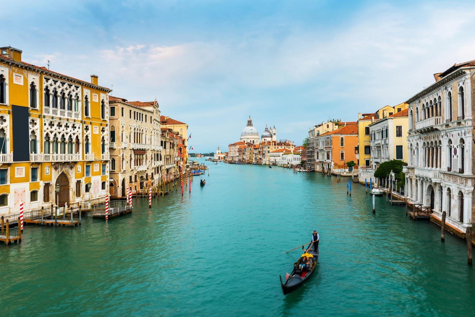 viaggio organizzato a venezia e burano