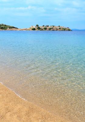 spiaggia di tristinika in grecia