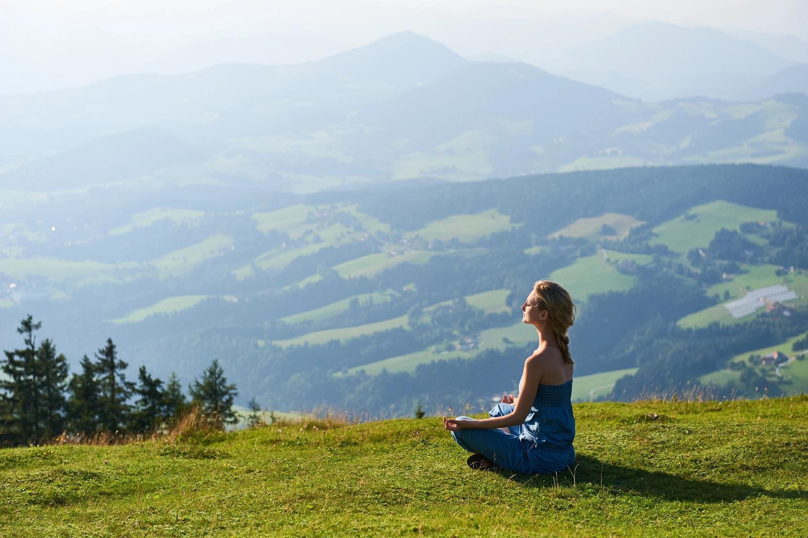 ritiro yoga in montagna in trentino