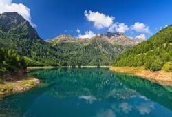 Lago di Pian Palù nel Parco Nazionale dello Stelvio