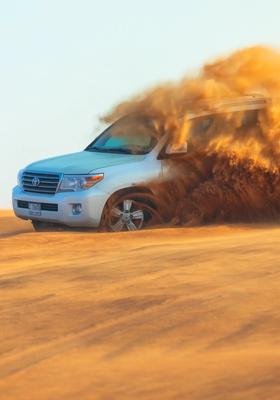 Jeep nel deserto di Dubai