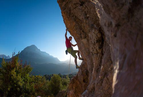 Arrampicata sportiva: rocce di Camaiore cover